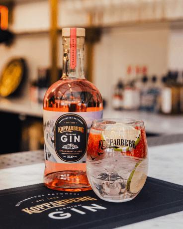 Kopparberg Gin Strawberry&Lime flaska 70CL